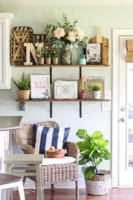 Afordable Livingroom Summer Decoration 24