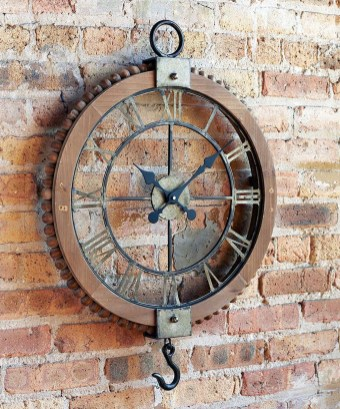 Amazing Ancient Clock At Llivingroom 10