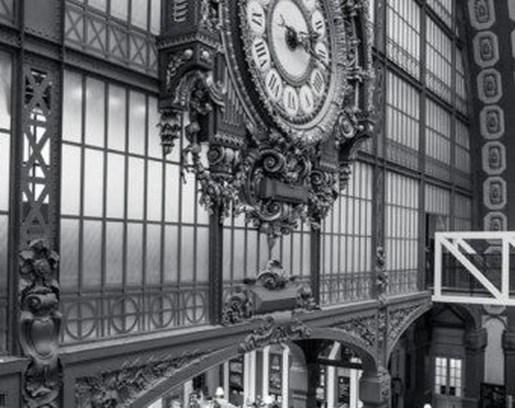 Amazing Ancient Clock At Llivingroom 12