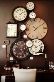 Amazing Ancient Clock At Llivingroom 15