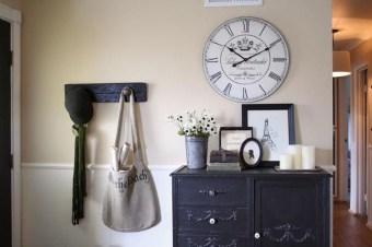 Amazing Ancient Clock At Llivingroom 25
