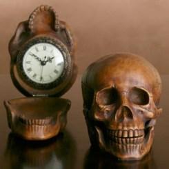 Amazing Ancient Clock At Llivingroom 31