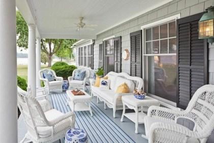 Unique Traditional Porch Ideas 17
