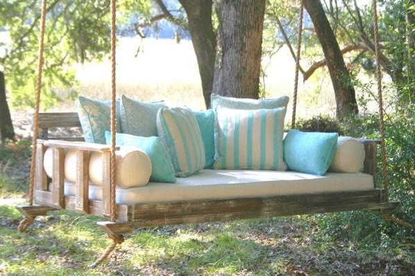 Unique Traditional Porch Ideas 35