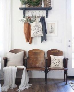Amazing Farmhouse Style Decorations Interior Design Ideas 31