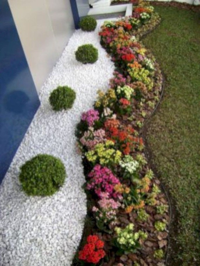 Amazing Low Maintenance Garden Landscaping Ideas 06
