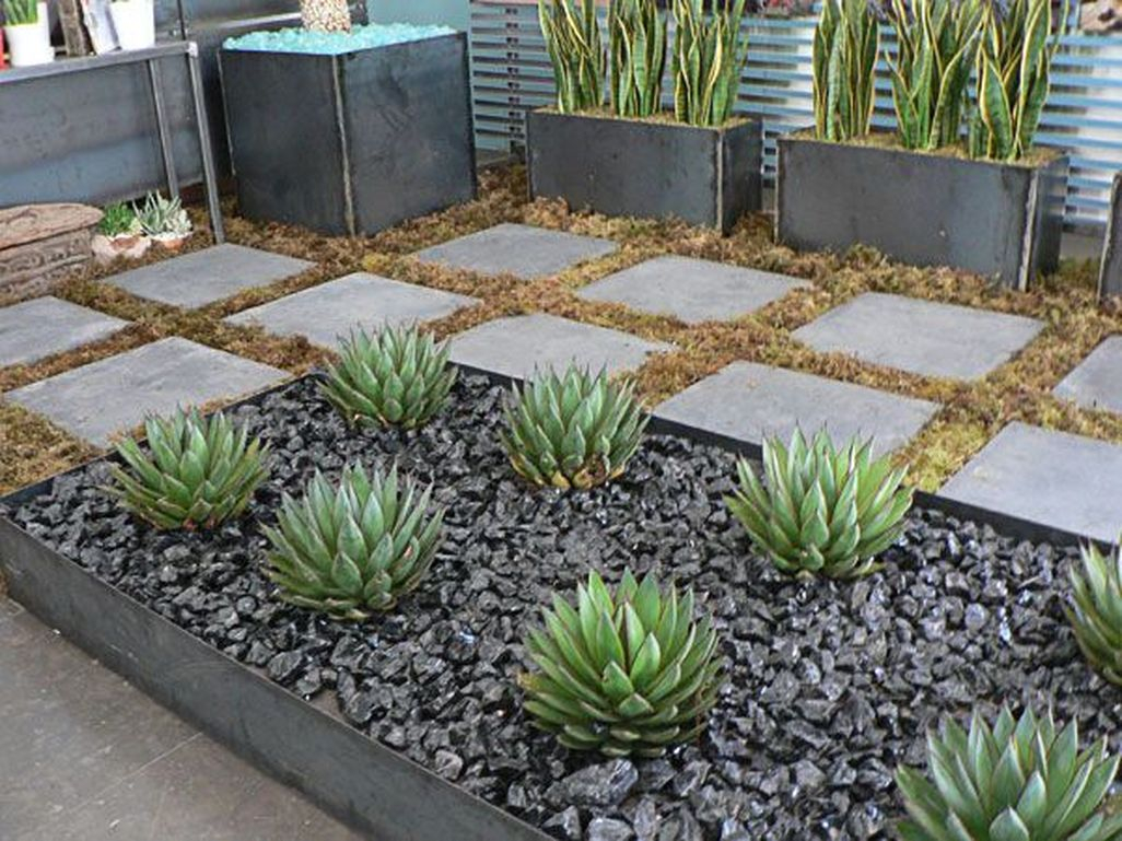 Amazing Low Maintenance Garden Landscaping Ideas 36