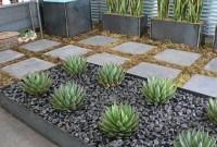 Amazing Low Maintenance Garden Landscaping Ideas 36