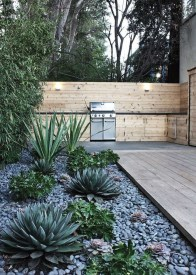 Amazing Low Maintenance Garden Landscaping Ideas 37