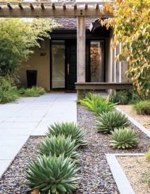 Amazing Low Maintenance Garden Landscaping Ideas 39
