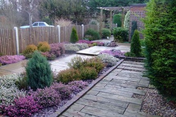 Amazing Low Maintenance Garden Landscaping Ideas 41