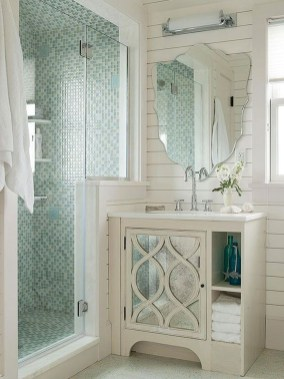 Amazing Modern Small Bathroom Design Ideas 15