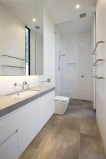 Amazing Modern Small Bathroom Design Ideas 31