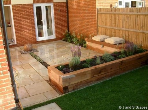Creative Small Patio Design Ideas 17