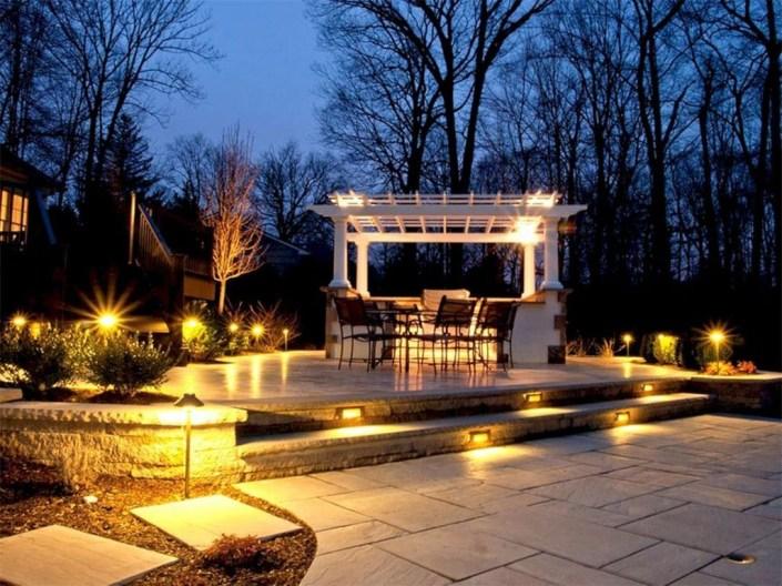 Fantastic Rustic Garden Light Landscaping Ideas 08