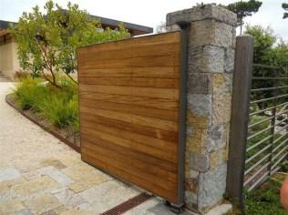 Inspiring Modern Home Gates Design Ideas 33