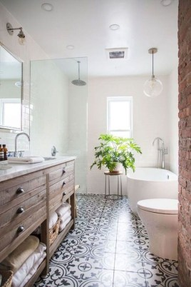 Inspiring Rustic Small Bathroom Wood Decor Design 34