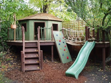 Inspiring Simple Diy Treehouse Kids Play Ideas 13