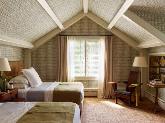 Lovely Traditional Attic Ideas 09