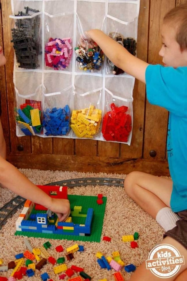 Amazing Hanging Kids Toys Storage Solutions Ideas32