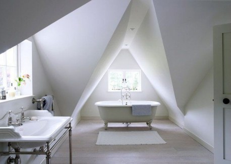 Awesome Traditional Attic You Can Try03