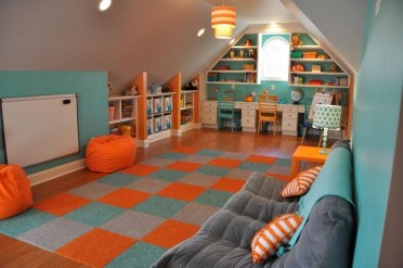 Awesome Traditional Attic You Can Try04