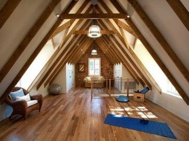 Awesome Traditional Attic You Can Try05