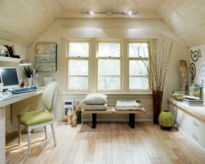 Awesome Traditional Attic You Can Try14