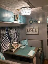 Fantastic Rv Camper Interior Ideas13