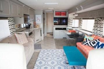Fantastic Rv Camper Interior Ideas35