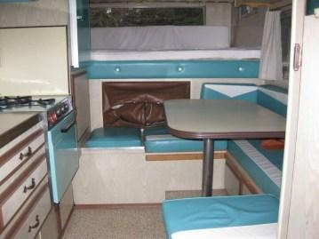 Fantastic Rv Camper Interior Ideas36