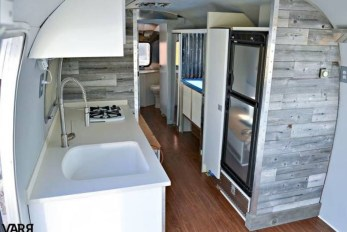 Fantastic Rv Camper Interior Ideas41
