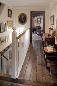 Inspiring Rustic Wooden Floor Living Room Design20