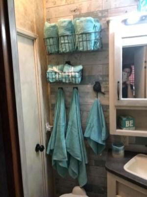 Inspiring Rv Bathroom Makeover Design Ideas27