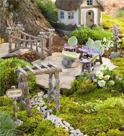 Stunning Fairy Garden Miniatures Project Ideas43