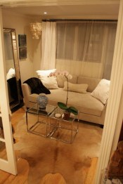 Amazing Small Apartment Living Room 21