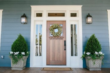 Awesome Front Door Planter Ideas12