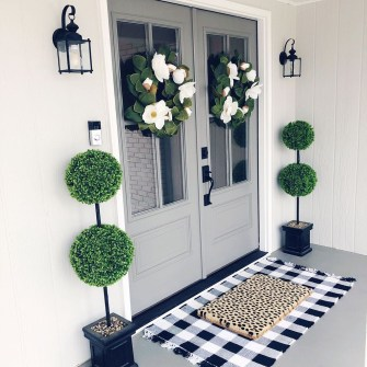 Awesome Front Door Planter Ideas31