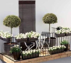Awesome Small Balcony Garden Ideas02