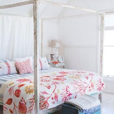 Elegant White Themed Bedroom Ideas03