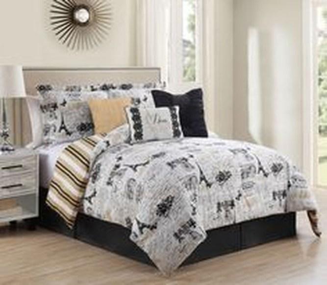 Elegant White Themed Bedroom Ideas34