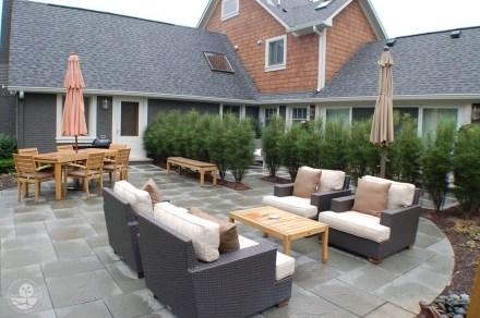 Modern Patio On Backyard Ideas33