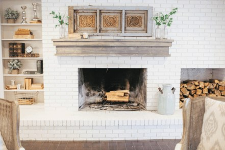 Rustic Brick Fireplace Living Rooms Decorations Ideas29