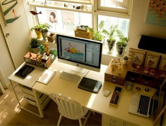 Simple Desk Workspace Design Ideas 28