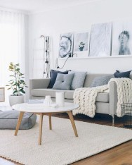 Wonderful Scandinavian Livingroom Decorations Ideas13