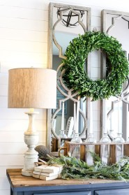 Amazing Farmhouse Winter Decoration Ideas38