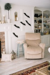 Attractive Diy Halloween Living Room Decoration Ideas02