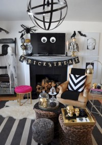 Attractive Diy Halloween Living Room Decoration Ideas21