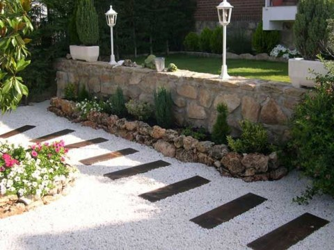 Awesome Diy Garden Path Inspiration Ideas12