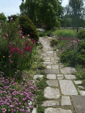 Awesome Diy Garden Path Inspiration Ideas32